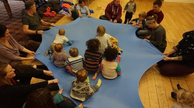 children-sitting-in-a-group-indoors-early-years-programme
